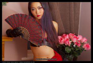 Mistress Amrita black and red latex (3)